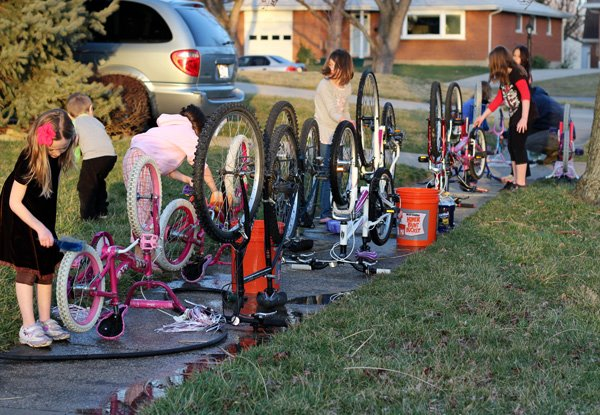Must-Read Family Bike Ride Tips