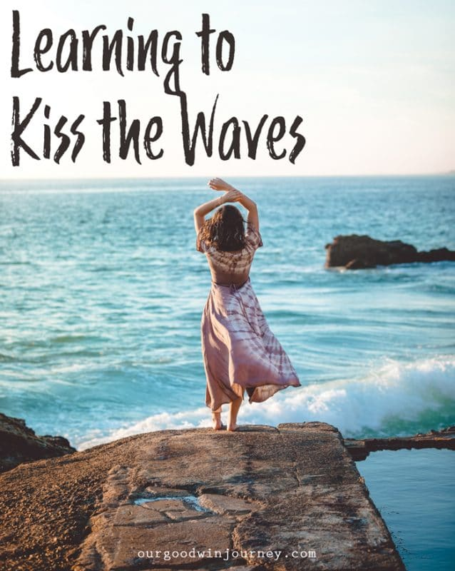 Being Thankful - Learning to Kiss the Waves in Times of Struggle